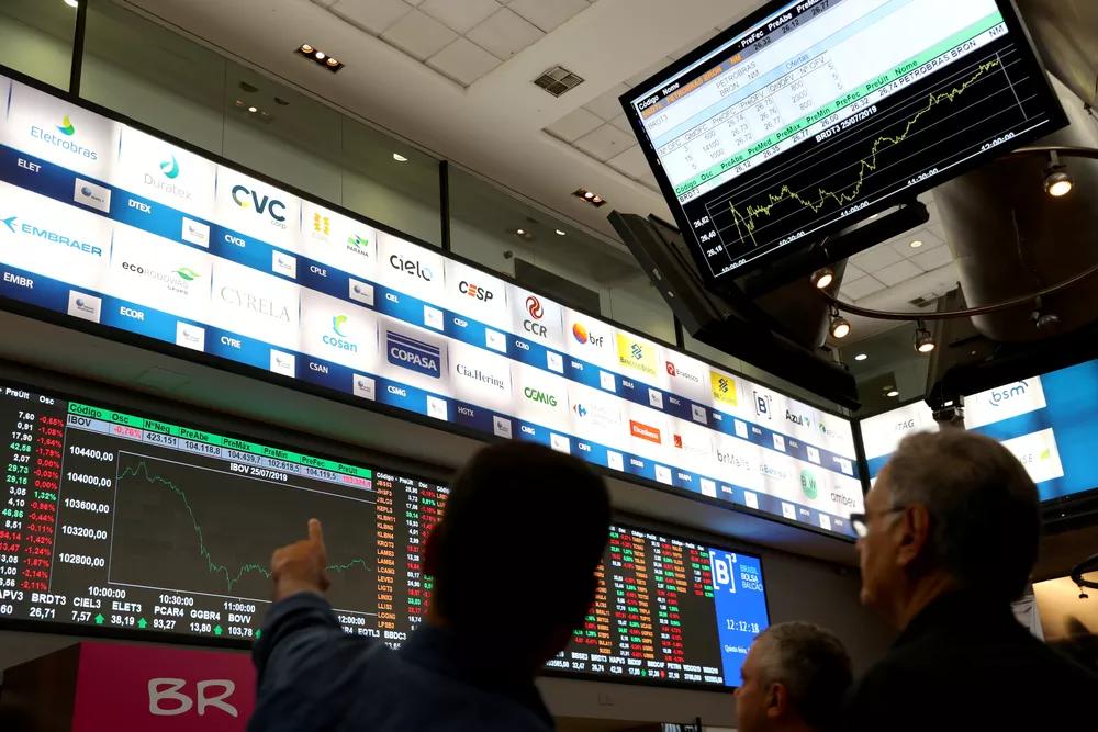 Lucro de empresas de capital aberto sobe 245% para o primeiro trimestre em 2021