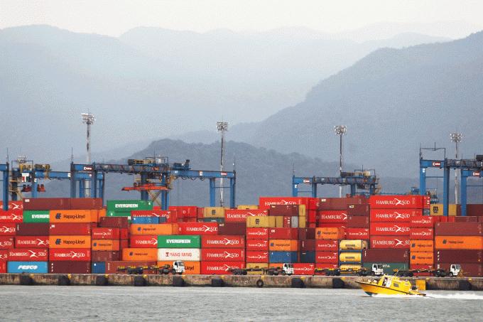 Balança comercial brasileira tem pior resultado para setembro em 5 anos